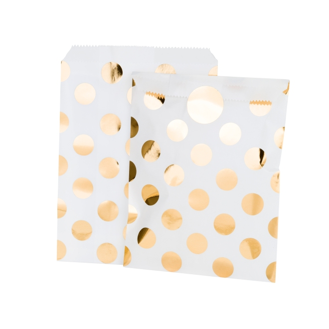 Gold dot favour bags candle and cake